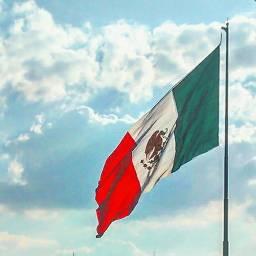 bandera méxico mexicsnos mexican clouds freetoedit