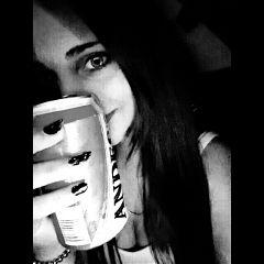 freetoedit beer me girl blackandwhite