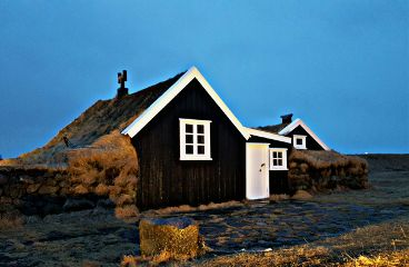 iceland oldhouses
